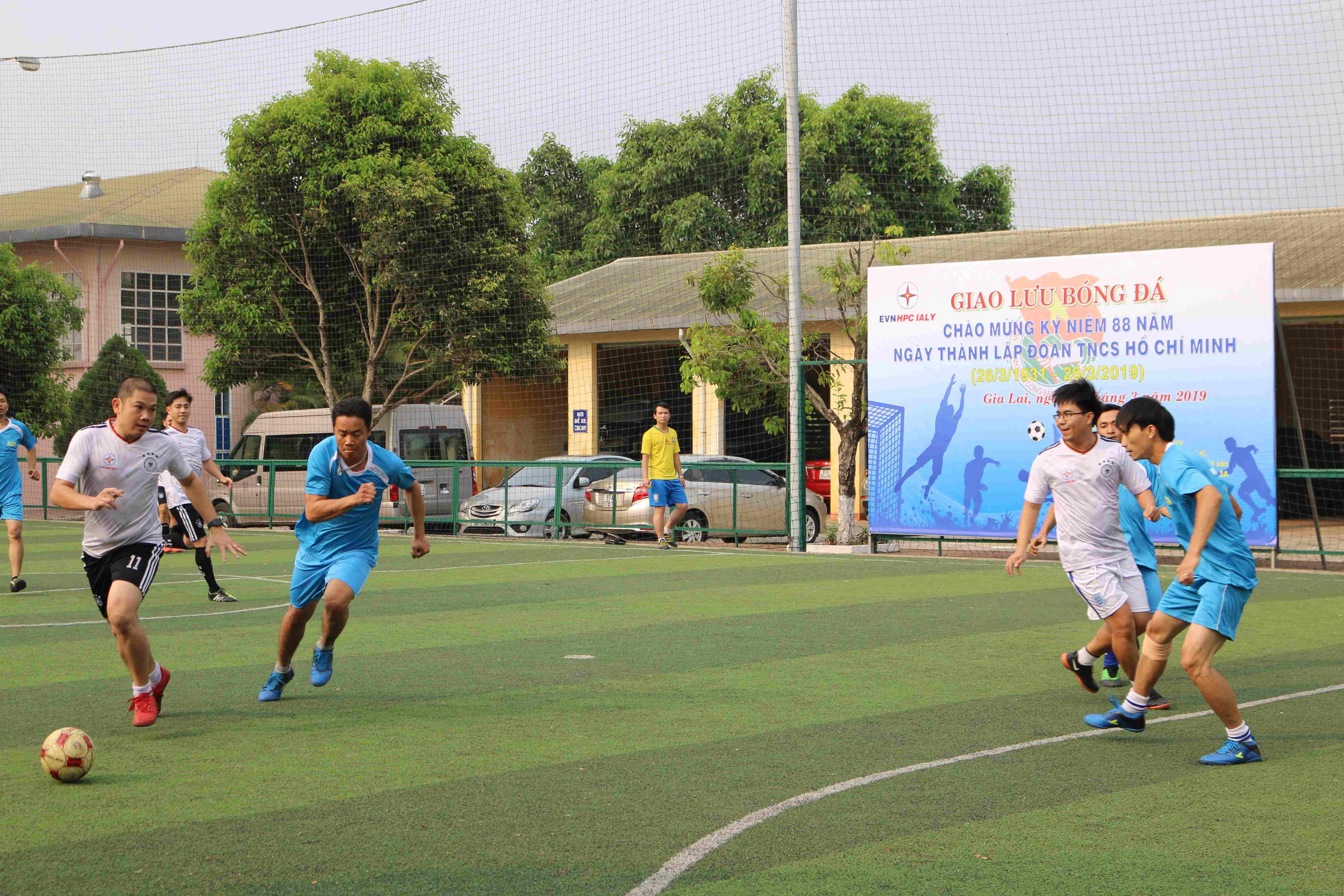 Đoàn thanh niên Sê San 3A tham dự giải Bóng đá Thanh niên chào mừng kỷ niệm 88 năm ngày thành lập Đoàn TNCS Hồ Chí Minh.