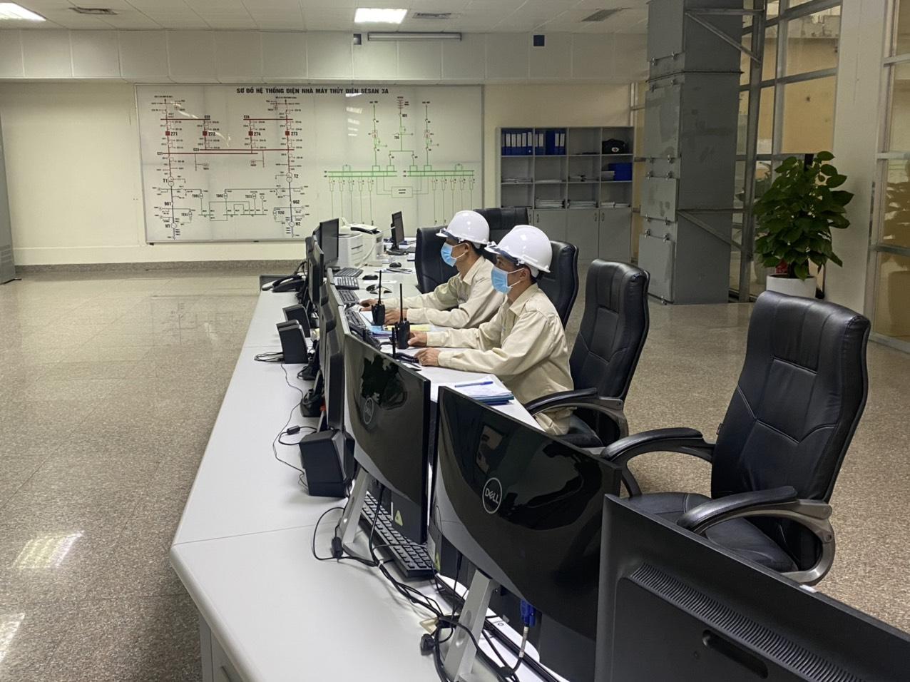 Người thợ vận hành Sê San 3A giữa công tác phòng chống dịch COVID-19